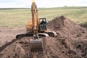 Soil-removal-for-pond-excavation-webL.jpg