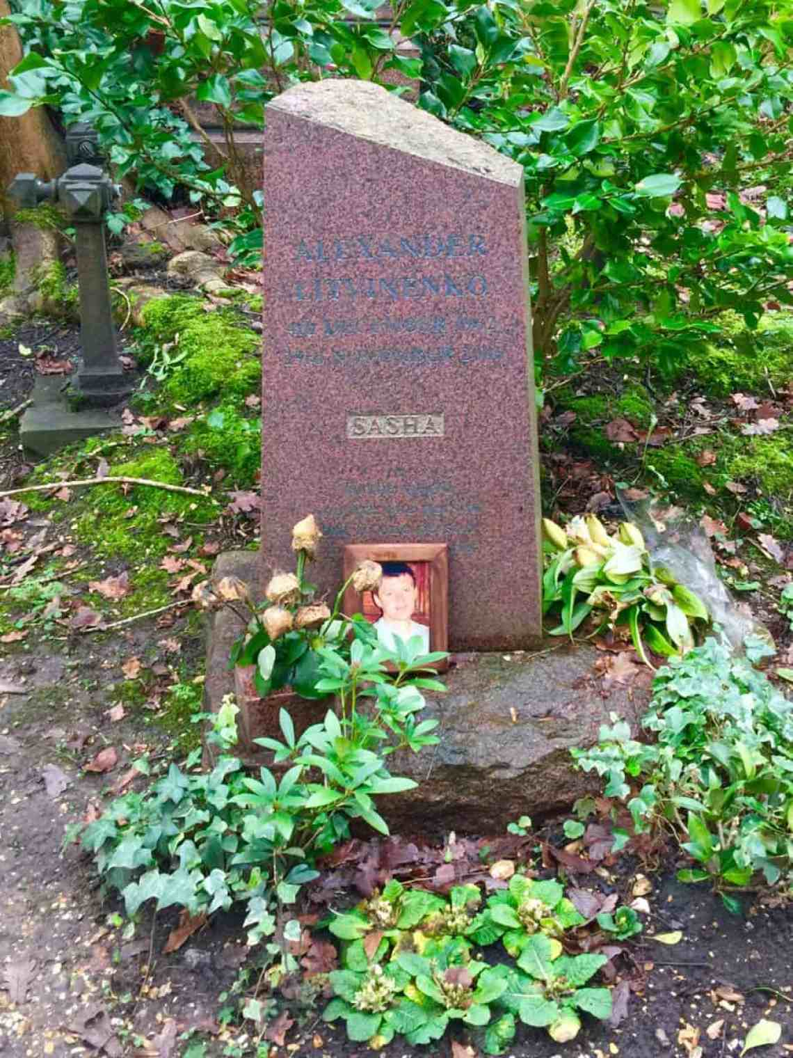 """Visiting Highgate Cemetery"