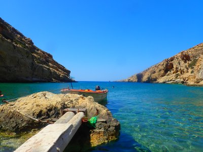 Walking-on-Crete-in-Greece-1