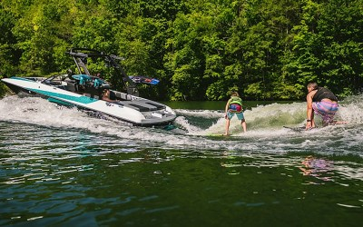 NEW FOR 2020… WAKESURFING!!