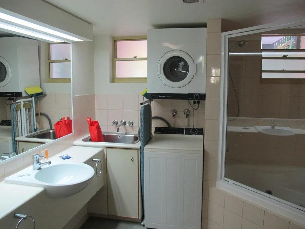 Bild Bad Mit Waschmaschine Trockner Zu Apartments