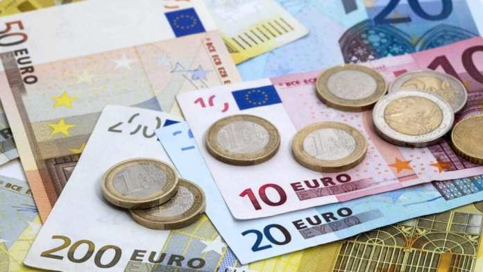Euro, Yunanistan