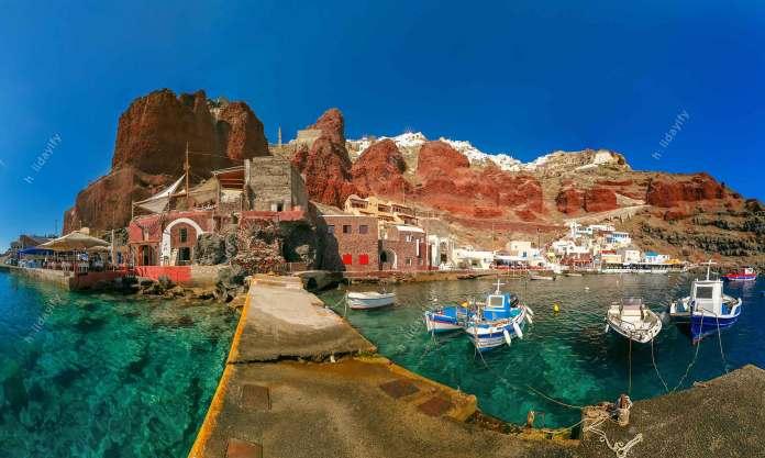 Port Amoudi of Oia or Ia, Santorini, Greece