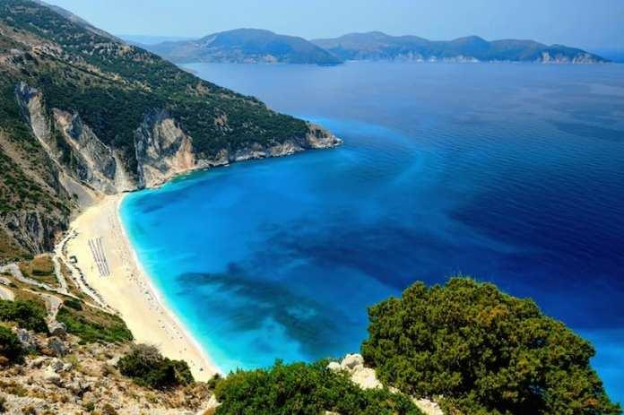 Myrtos plajı, Kefalonya adası
