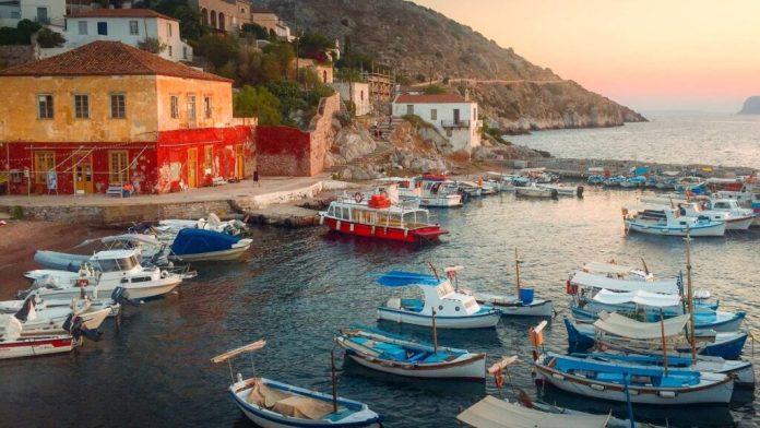 Kamini Port, Hydra, Greece