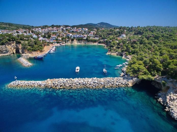 Where to Stay in Alonissos Island
