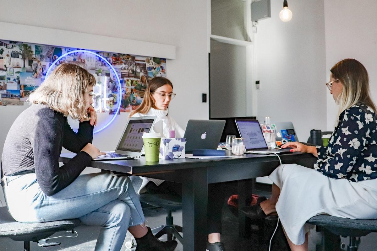 women coworking