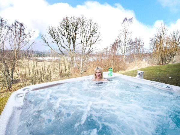 Katchana Kincraig Aviemore - Scotland self-catering hot tub