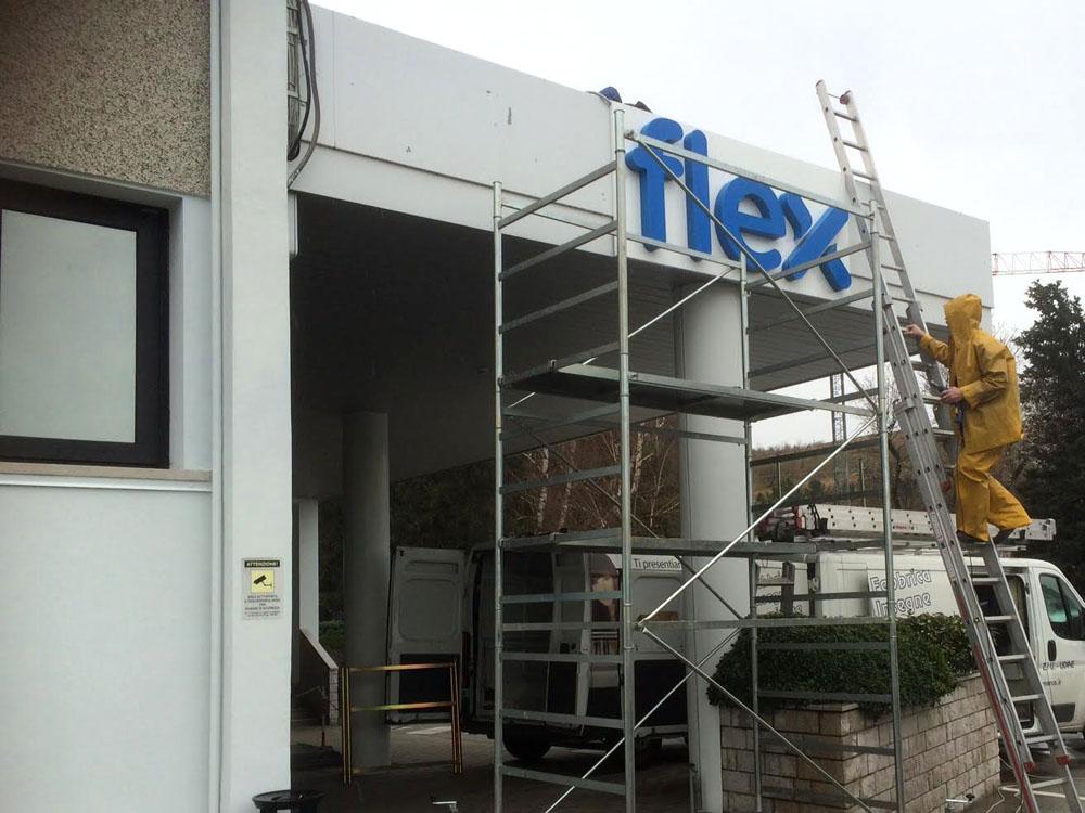 Flextronics Srl Trieste Holiday Signals