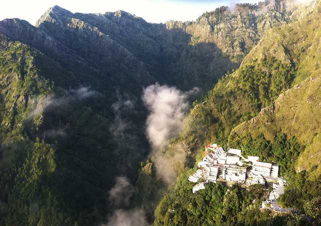 Vaishnodevi short trip from delhi on long weekend