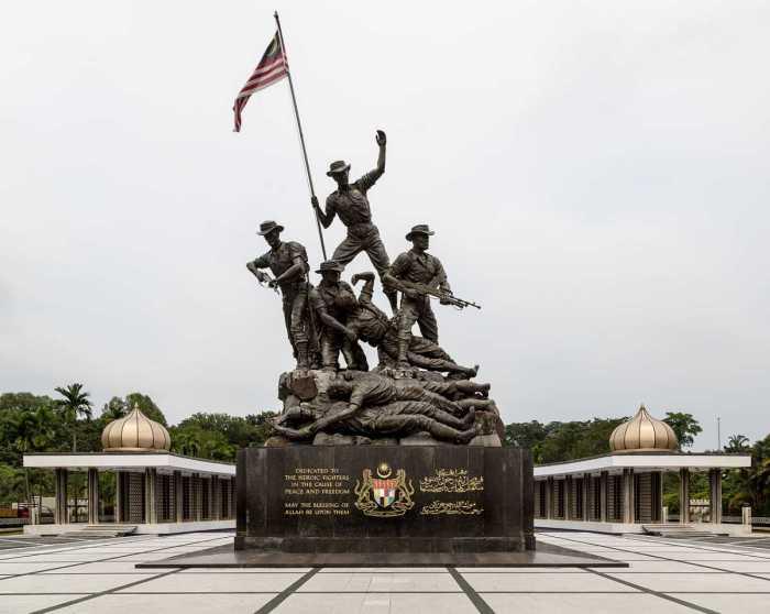 Tugu Negara Statue
