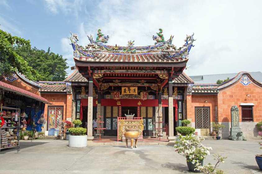 Penang Snake Temple, Bayan Lepas Malaysia | Ummi Goes Where?