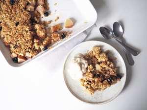 Birnen Crumble Rezept im Holistic Fitness Blog