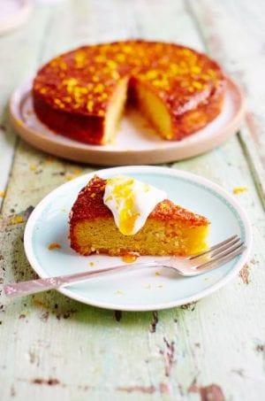 Delicious orange and polenta cake: Gluten-free