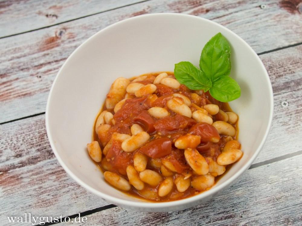 Bohnen in Tomatensauce