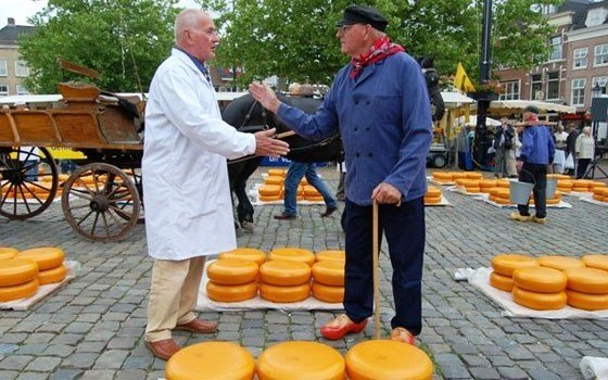 Alkmaar, Kaasmarkt, Cheese Market, Handjeklap, Hand Clap, Barter, Bargaining, Market, Dutch Cheese, Cheese