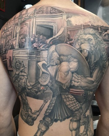 gladiator-krijger-rugstuk-tatoeage
