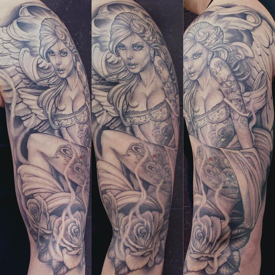 Sexy Engel Tattoo