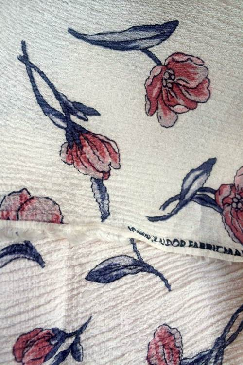 flower-skirt-close-up
