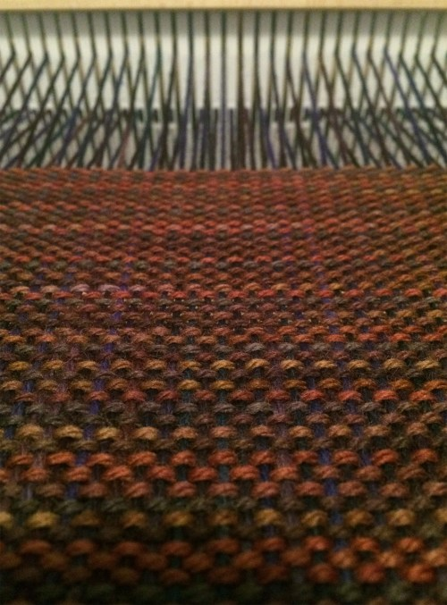 handwoven-plainweave-fabric-1