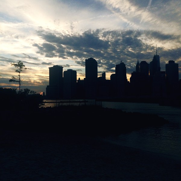 nyc skyline summer sunset