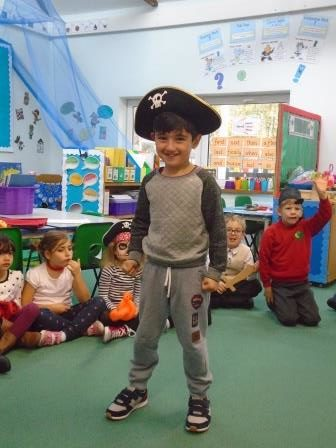 Y1 Pirates (4)
