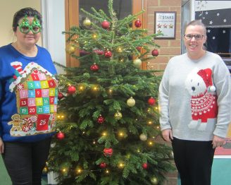 xmas jumpers (1)