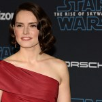 Video: 'Star Wars: The Rise of Skywalker' Rendezvous At The Premiere With Reactions From J.J. Abrams, Daisy Ridley, Oscar Isaac, Adam Driver, John Boyega & Team