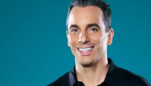 Sebastian Maniscalco's Family Ties Keep Crowds Laughing
