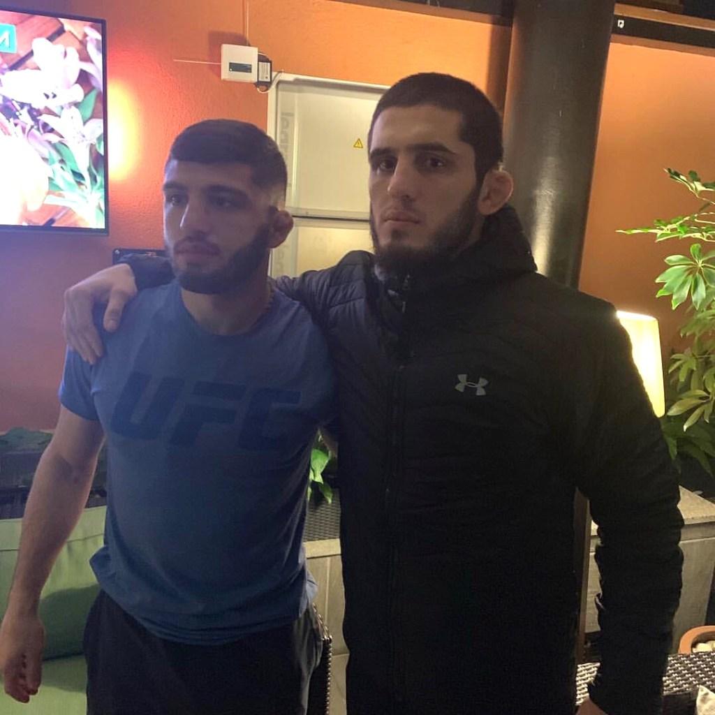 Makhachev Tsarukyan friends