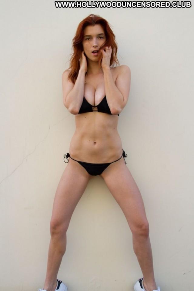 Dani Thorne Miscellaneous Stunning Redhead Medium Tits Gorgeous