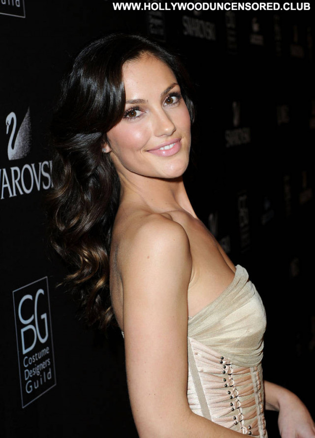 Minka Kelly Awards Posing Hot Babe Paparazzi Desi Beautiful Celebrity