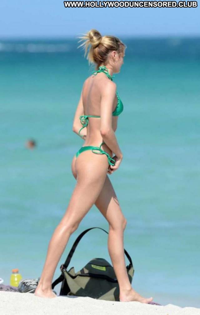 Candice Swanepoel Miami Beach Beautiful Celebrity Paparazzi Bikini