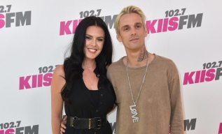 Aaron Carter splits from girlfriend after coming out as bisexual!