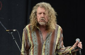 Robert Plant says heritage bands are 'hanging onto a life raft'