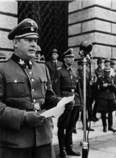 Procecuting fascist War Criminals: Topic, pictures and ...