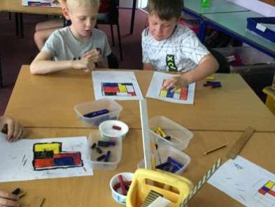 Decorating Mondrian Tiles (2)