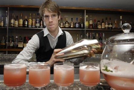 02-Ricks-Gallon-Cocktail-Sh