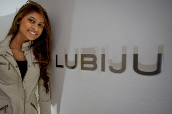 Miss Singapore delivers dental PR for Lubiju