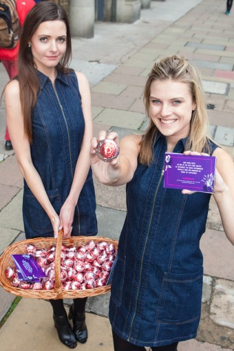 Tigerlily handing out Tunnocks tea cakes in Edinburgh city centre for Food and Drink PR story