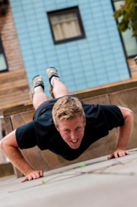 Big Chris Fairbairn shows off his push up prowess