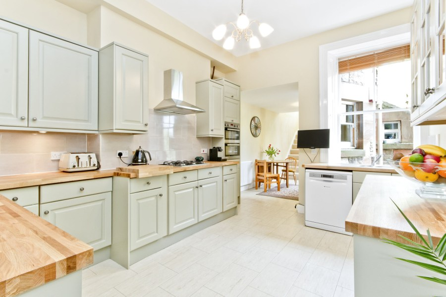 104 Polwarth Terrace Kitchen