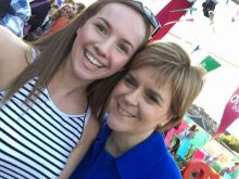 Nicola Sturgeon gives the world a selfie masterclass