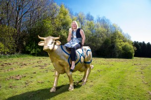 Yvette gets to know Mackie's cows