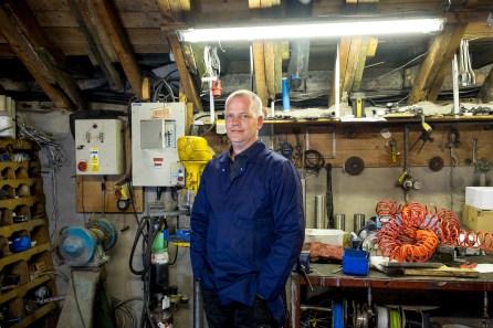 Kevin Jepson helps Mackie's behind the scenes