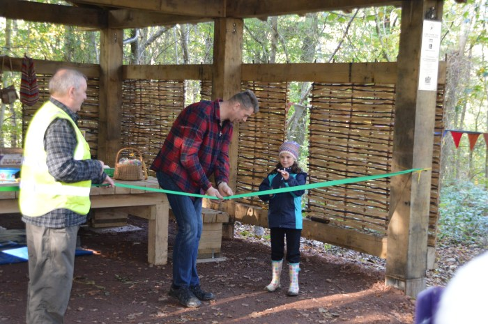 Renewables PR firm helps share story of woodland classroom opening, thanks to Banks Renewables.
