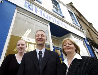 Property PR photos of estate agency team with Hutners-psm in Falkirk