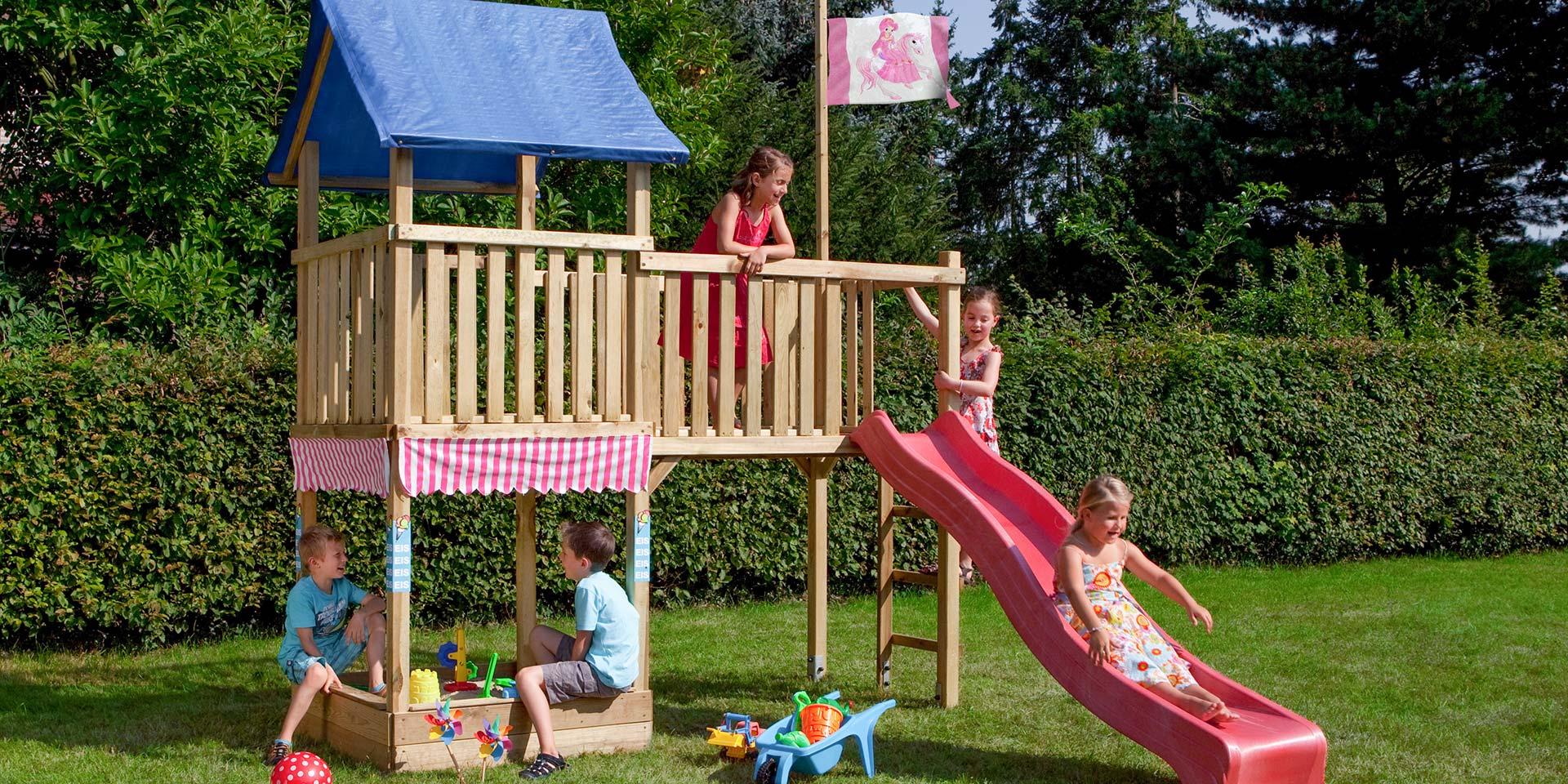 Spielgeräte im Garten