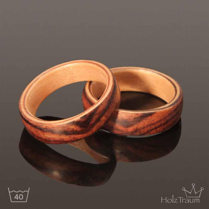 zwei Eheringe aus Holz Rosenholz Bentwood Ringe