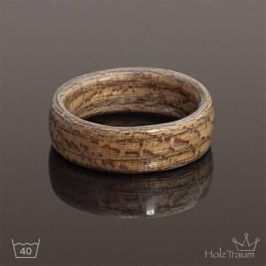 Holzring aus Moorulmenholz